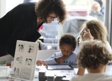 Démonstration de l'application de la BnF Fabricabrac pour les journées du patrimoine